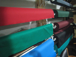 San Marcos pool table recovering table cloth colors